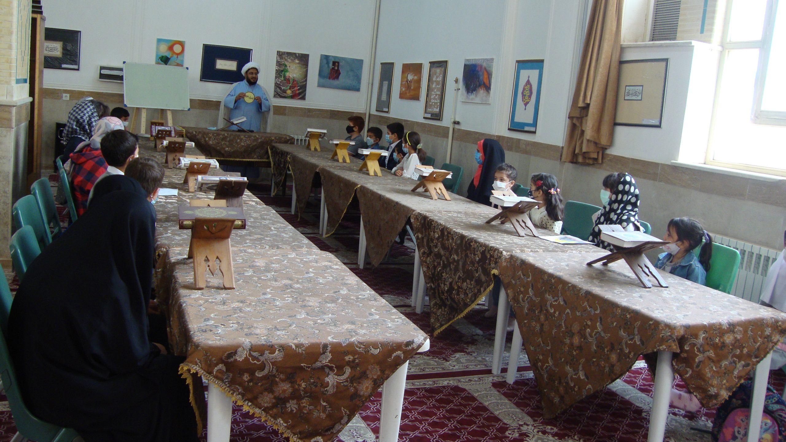برگزاری برنامه فرهنگی به مناسبت هفته کودک
